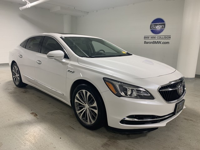 Pre-Owned 2019 Buick LaCrosse Essence - NAV - REAR CAMERA - HEATED SEATS - MOONROOF