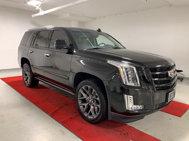 Pre-Owned 2018 Cadillac Escalade Premium Luxury - NAV!! - REAR CAMERA!! - HEATED SEATS!! - QUAD BUCKETS!!