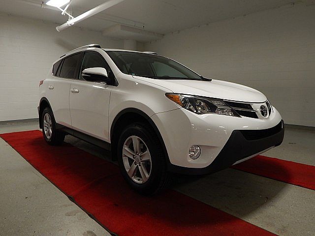 Pre-Owned 2013 Toyota RAV4 XLE - REAR CAMERA!! - MOONROOF!!