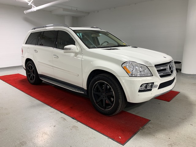Pre-Owned 2011 Mercedes-Benz GL 450 - NAV!! - REAR CAMERA!! - HEATED SEATS!! - MOONROOF!! - BLIND SPOT MONITOR!!