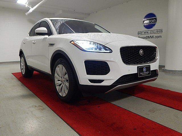 Pre-Owned 2019 Jaguar E-PACE SE - NAV - REAR CAMERA - HEATED SEATS - PANO MOONROOF
