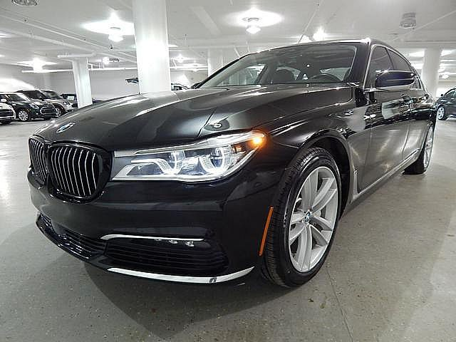 Pre-Owned 2017 BMW 750i xDrive - DRIVER ASSIST!! - DRIVER ASSIST PLUS!! - EXECUTIVE!! - LUXURY REAR SEATING!!