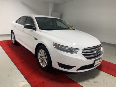 Pre-Owned 2013 Ford Taurus SE