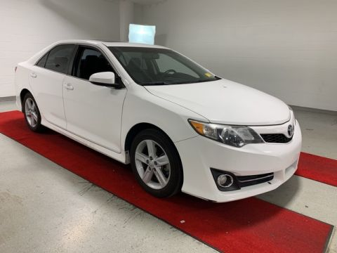 Pre-Owned 2012 Toyota Camry SE - REAR CAMERA!! - MOONROOF!! - HEATED SEATS!!
