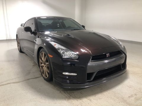 Pre-Owned 2014 Nissan GT-R Premium - NAV - REAR CAMERA - CARBON TRIM
