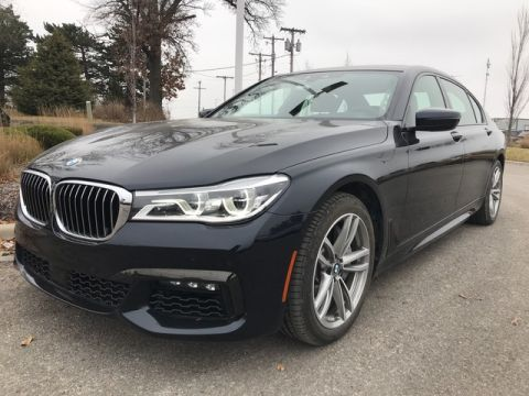 Pre-Owned 2017 BMW 750i xDrive - M-SPORT!! - EXECUTIVE!! - DRIVER ASSIST PLUS!! - DRIVER ASSIST PLUS II !! - COLD WEATHER PACK!! - REMOTE CONTROL PARKING!!