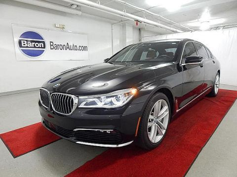 Pre-Owned 2016 BMW 750i xDrive - EXECUTIVE!! - DRIVER ASSIST PLUS/II - INTERIOR DESIGN - LUXURY SEATING!!