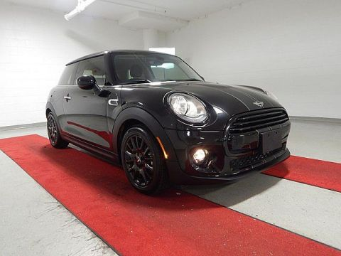 Pre-Owned 2017 MINI Cooper Hardtop 2 Door - 16inch WHEELS!!