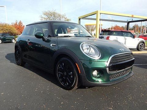 Certified Pre-Owned 2018 MINI Signature Line Hardtop 2 Door Cooper