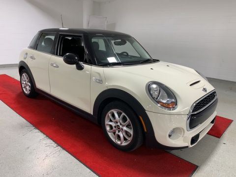 Pre-Owned 2016 MINI Cooper Hardtop S 4 Door - HEATED SEATS!!