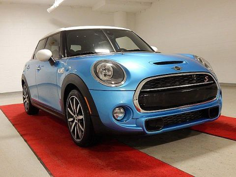 Certified Pre-Owned 2019 MINI Hardtop 4 Door S
